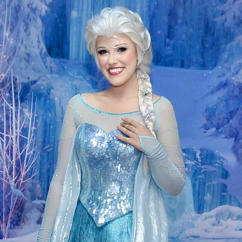Elsa Halloween Event Closer up